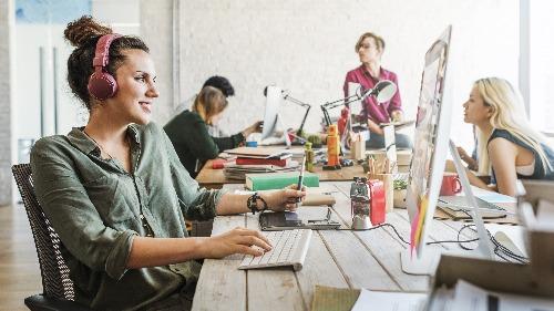 Video meetings for work efficiency